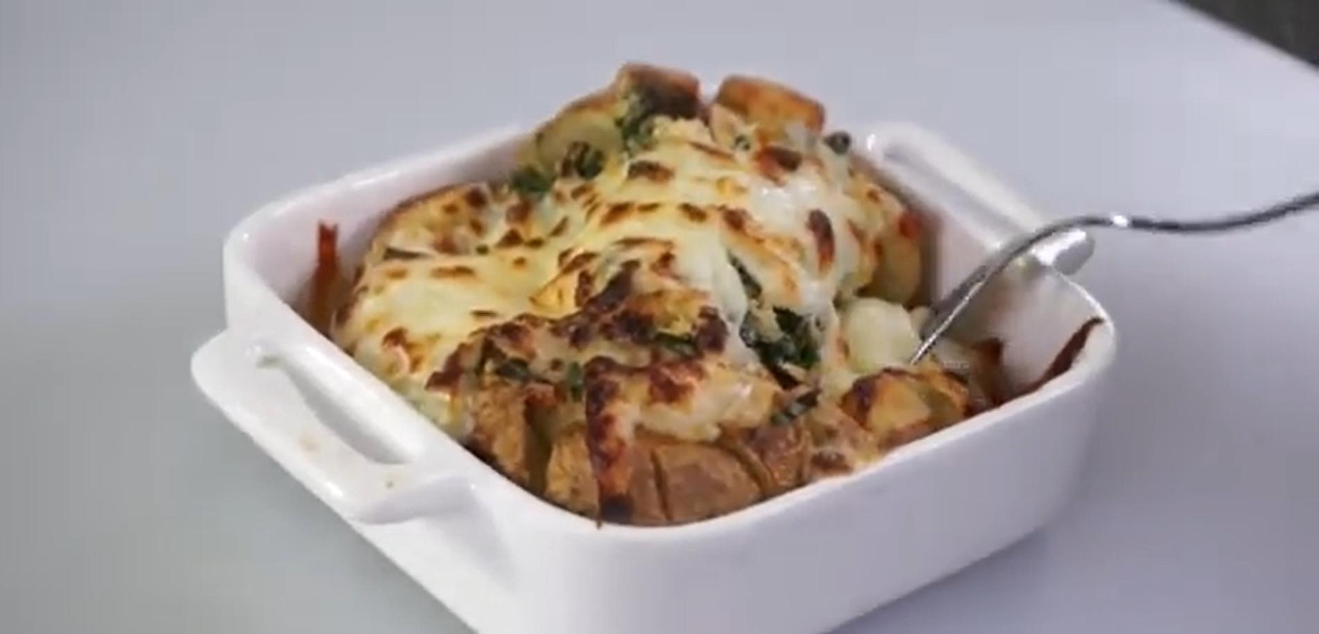 A #DexterDelicious Bloomin' Loaded Baked Potato Recipe